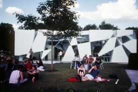 2002 Serpentine Gallery Pavilion