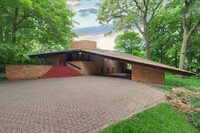Frank Lloyd Wright–Designed House Listed in St. Louis Park, Minn.