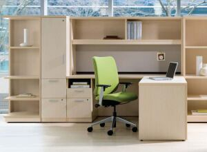 Currency deskingTurnstonewww.turnstonefurniture.com  Affordably priced laminate desking solution - Aesthetics and surface materials integrate with Kick and Groupwork collections - Dimensionally compatible with Kick for design flexibility - Assembled and knocked-down pieces available - Greenguard Indoor Air Quality certified