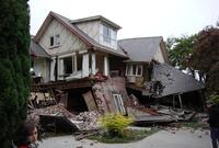 Researchers Build Earthquake-Resistant Home