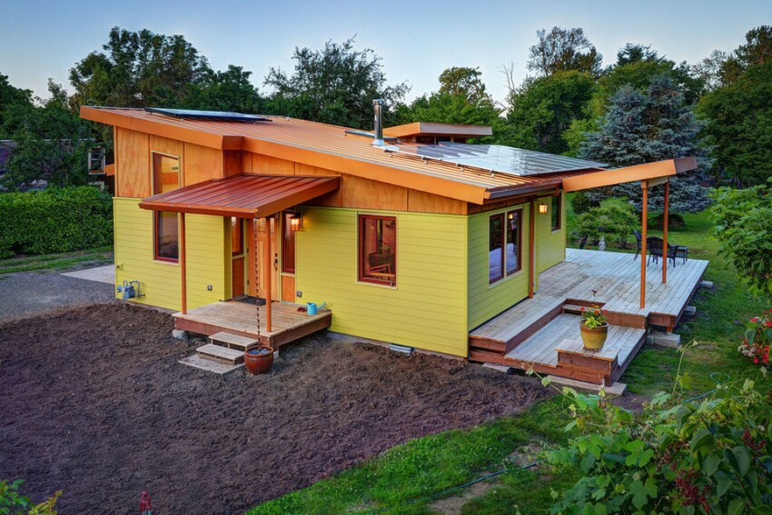 An Energy-Smart Cottage That Lives Large