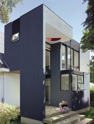 A house by Qb3