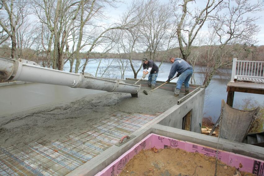 Structural Concrete Slabs : Slideshow pouring a structural slab jlc online