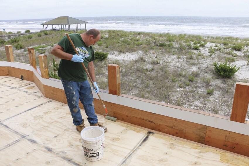 Installing Fiberglass Roof Decks