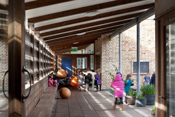 Ranelagh Multi-Denominational School, Dublin, shortlisted for the RIBA Stirling Prize in 1999.