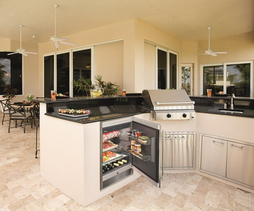 Hot Products For Outdoor Kitchens Builder Magazine Outdoor Rooms Outdoor Kitchens Kitchen