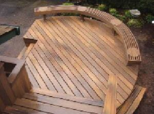 Figure 8. A round entry deck adds interest and focus, shifting the emphasis from the stairs to the front door.