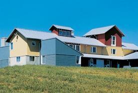 Laurel Mills, Va., Residence