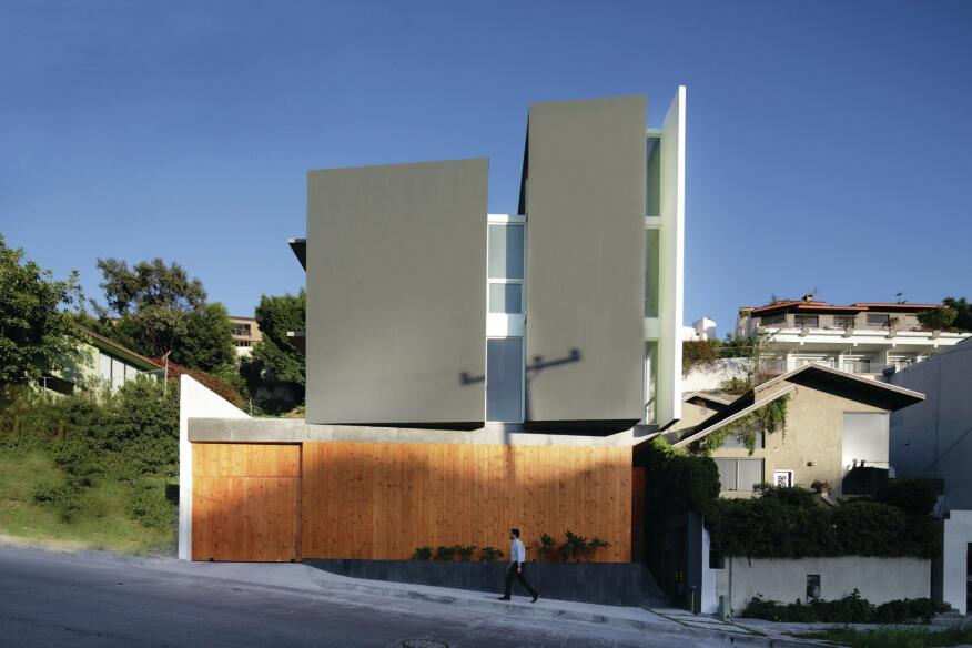 Aria, a multifamily housing project that T38 Studio completed in 2012 in Tijuana after having the site rezoned from single-family housing.