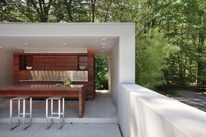 How to Make an Outdoor Kitchen Disappear in Plain Sight