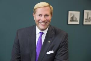 R. Lee Harris, president and CEO of Cohen-Esrey, LLC