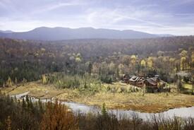 Dexter Lake Lodge