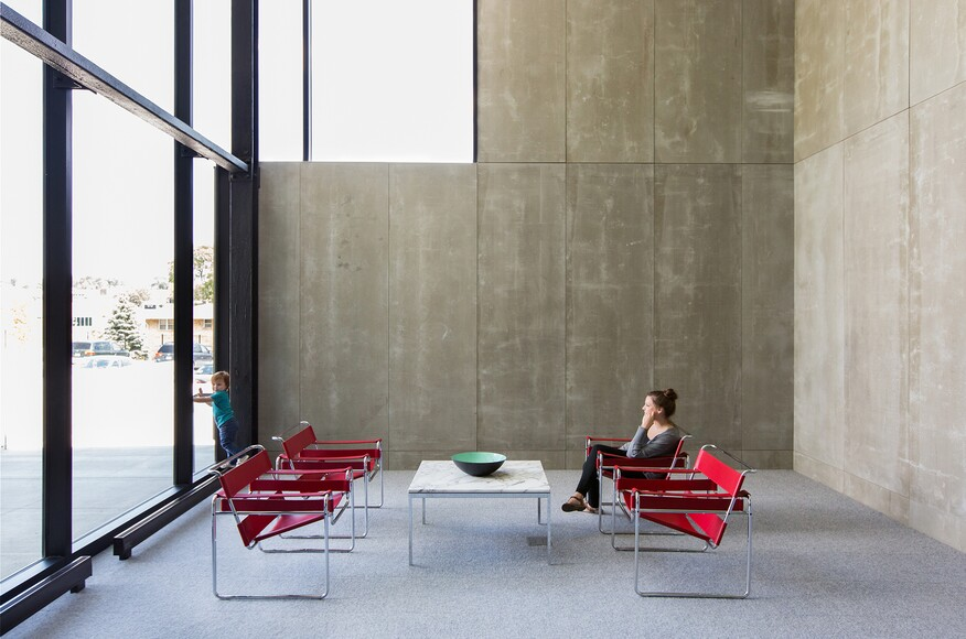 Heartland family works architect magazine alley poyner for Architecture firms omaha ne