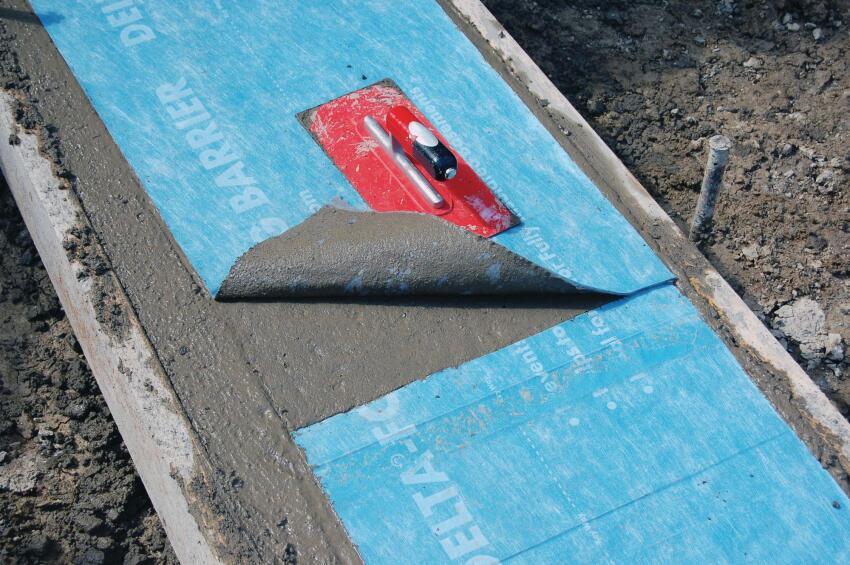 Dry Feet: Cosella-Dorken Delta Footing Barrier