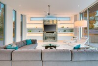 Eight Fantastic Living and Family Rooms for Holiday Gatherings