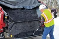 Energy-efficient asphalt patch mix heater