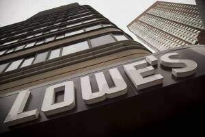 Lowe's outperforms Street consensus in third quarter earnings performance.