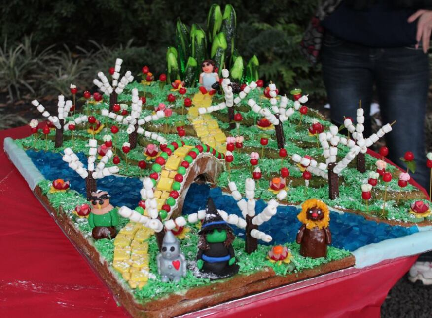 """Blizzard of Oz"" by Page Sutherland Page Gingertects won Most Creative Use of Materials."