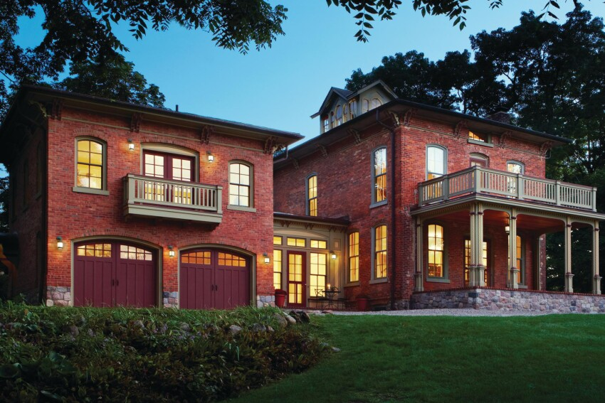Balancing Act: Blending Old and New in a Michigan Landmark