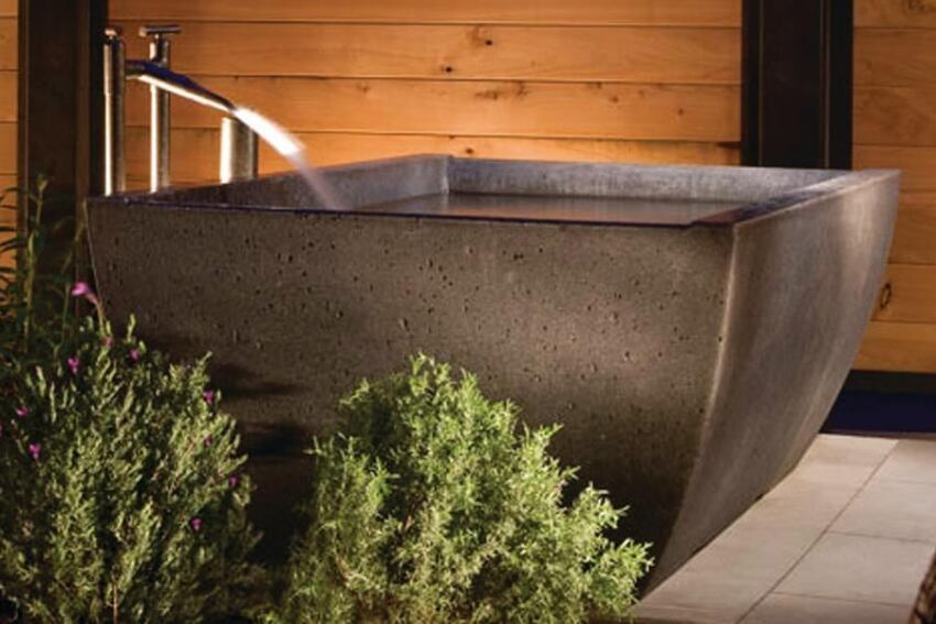 Double Wave Soaking Tub by Sonoma Cast Stone