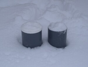Frozen cylinders don't gain strength
