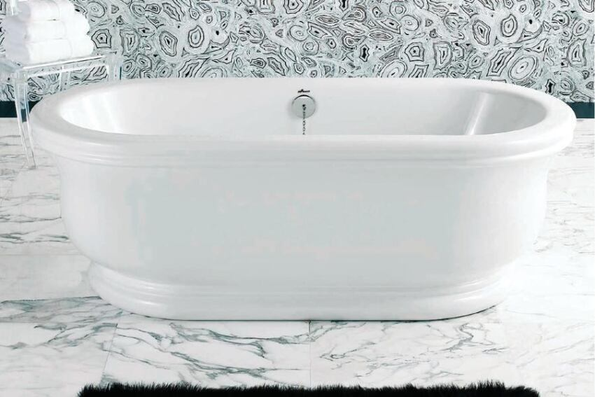 Sirena Soak Tub by Americh