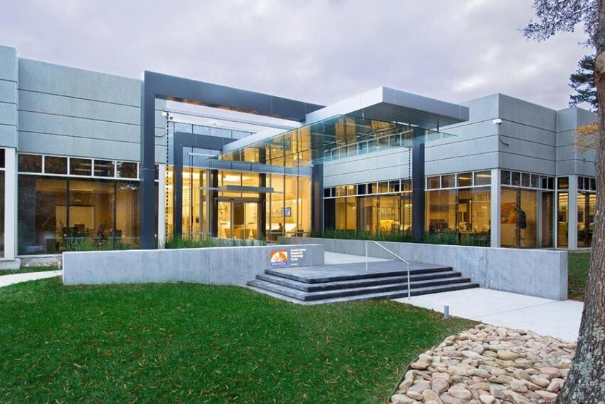 Lord, Aeck & Sargent designed a new public entry for the Novelis Global Research & Technology Center.