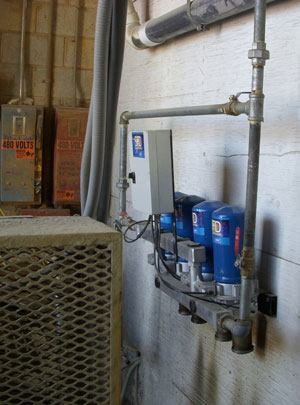 Ozinga installed a compact separator filter dryer to remove moisture from the plant's air lines and to prevent freezing.