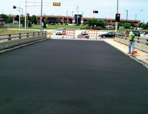 The completed bridge deck was ready for traffic 11 hours after the crew started its work.