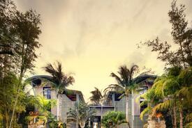 Coastal Modern Residence