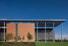 2015 AIA COTE Top 10: San Antonio Military Medical Center