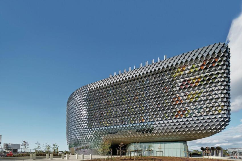 South Australian Health and Medical Research Institute, Designed by Woods Bagot