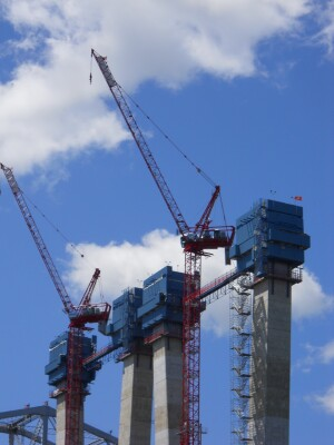 Main span towers were built using self-climbing concrete jump forms in 26 separate lifts ranging from 12 to 18 feet high.