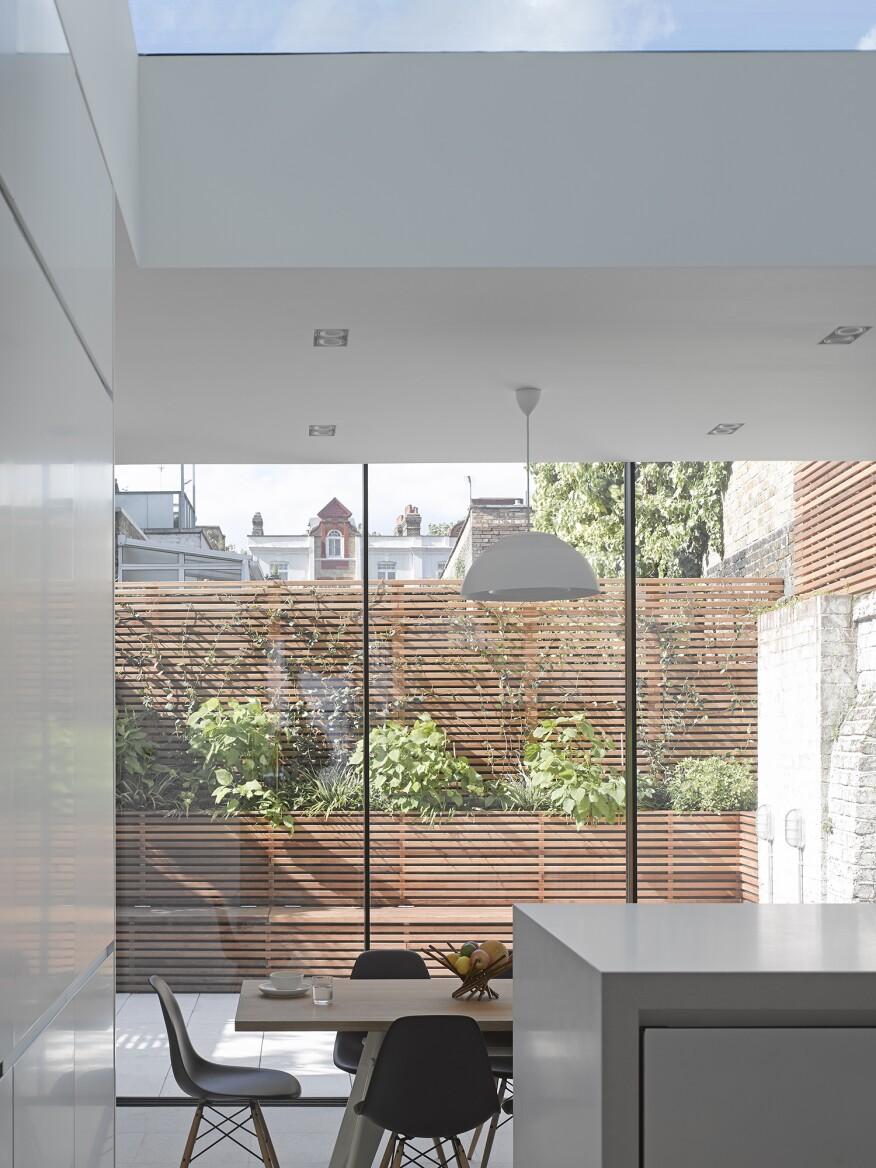 Paul Archer 18.5.15 Islington House