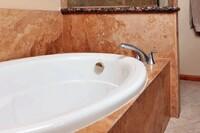 ForzaStone Shower Panels