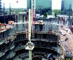 Largo used a central placing boom to get concrete to the concert hall's seating decks.