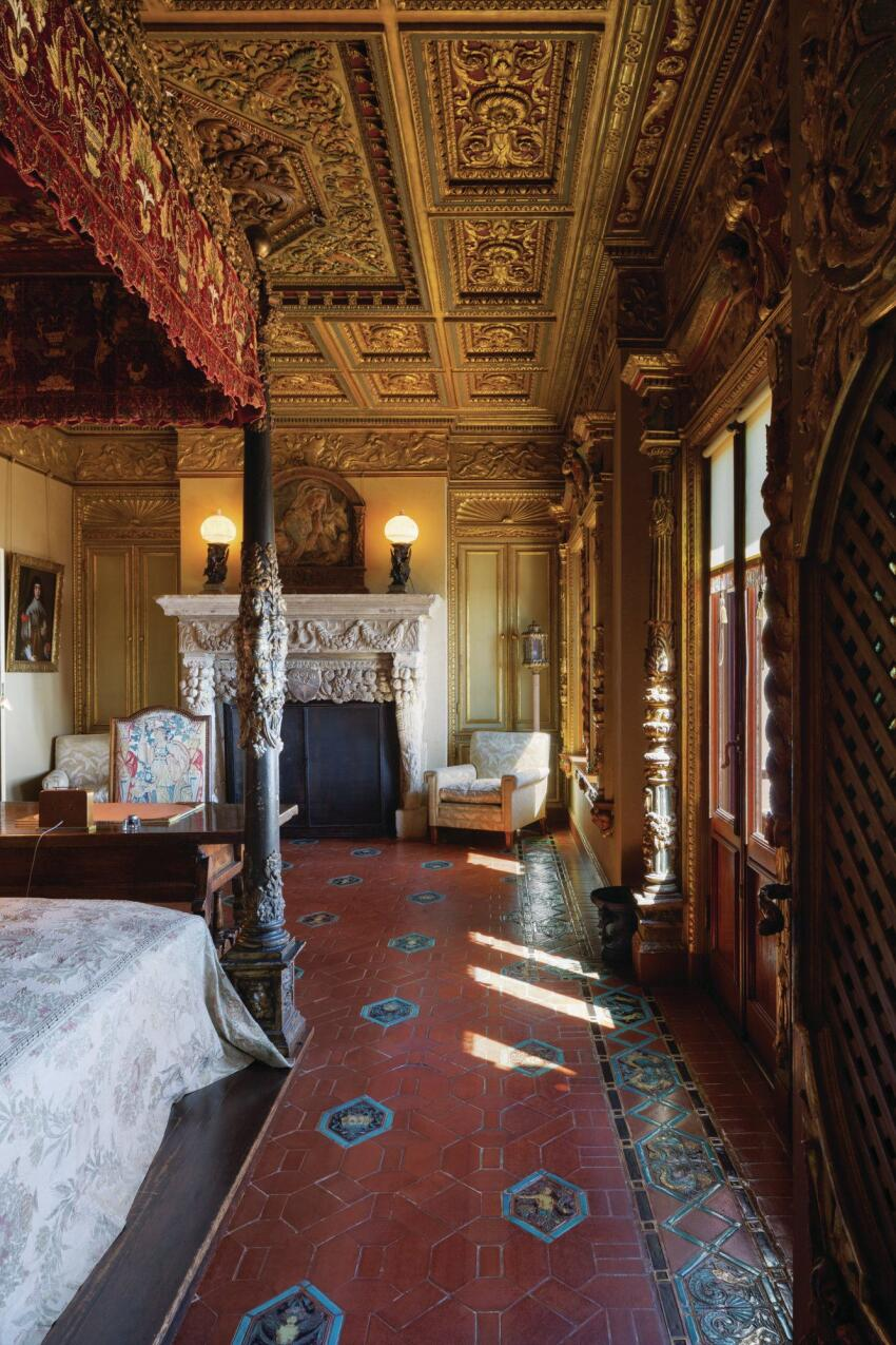A bedroom in the Hearst Castle.