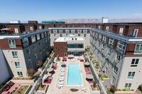 California Project Shows How Luxurious Modular Construction Can Be