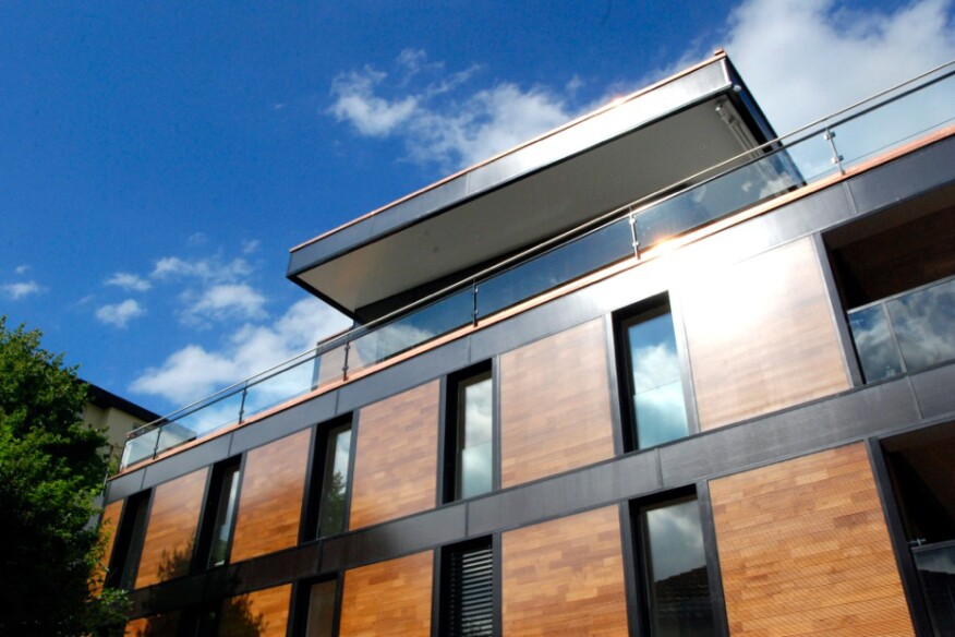 The solar facade installed on a project in Switzerland by Fent Solare Architektur.