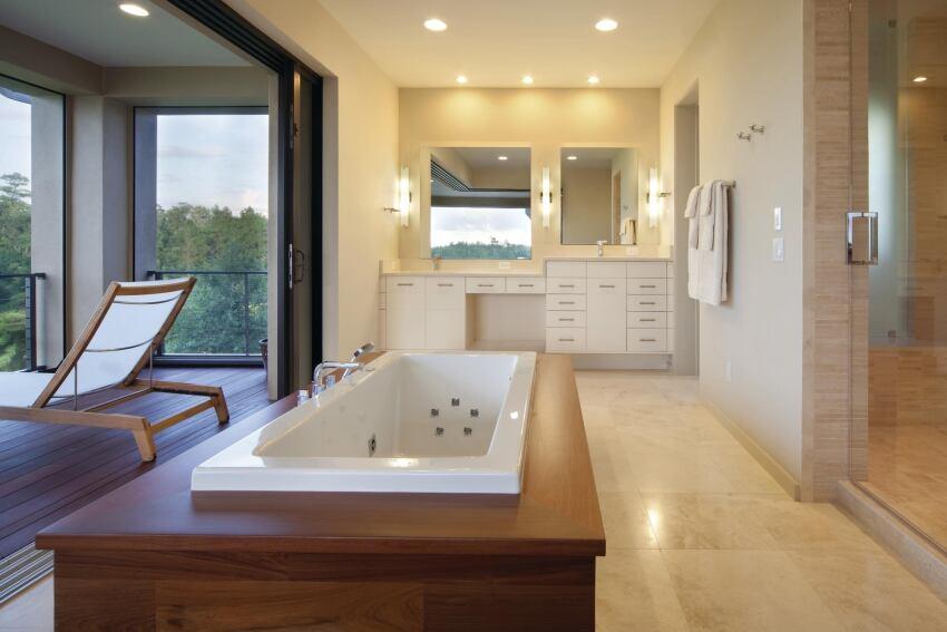 DeLand Bath
