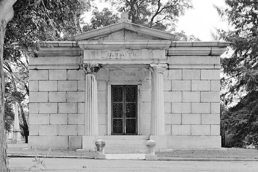 Book: 'Cemeteries'
