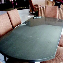 ShetkaStone's tabletops are made from 100% recycled materials.