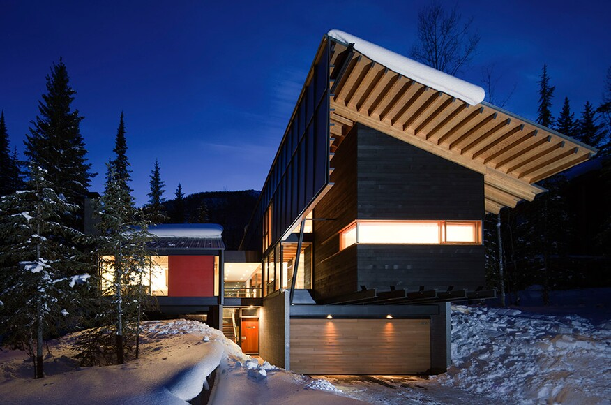 Kicking horse ski resort home in golden british columbia for Moderne skihotels