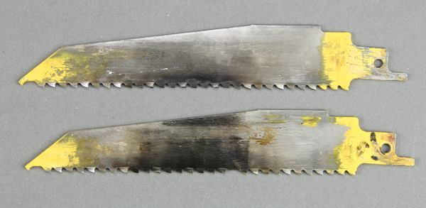 Blades cut faster and last longer when used in orbital mode. These DeWalt blades were tested to failure; the upper one made 53 cuts in linear mode and the lower one 100 cuts in orbital.