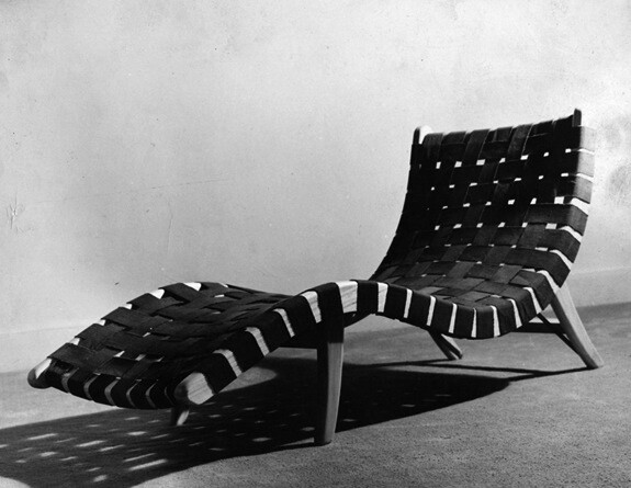 The webbed Scorpion chaise by Michael Van Beuren, Klaus Grabe, and Morley Webb