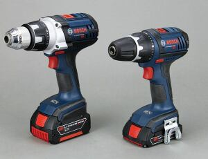 Tool companies typically produce two different 18-volt drill/drivers: large heavy-duty models and smaller compact models. Most heavy-duty tools have all-metal chucks and come with 3.0-amp-hour batteries and side handles. Compact tools usually ship with 1.5-amp-hour batteries and have plastic-sleeved chucks.