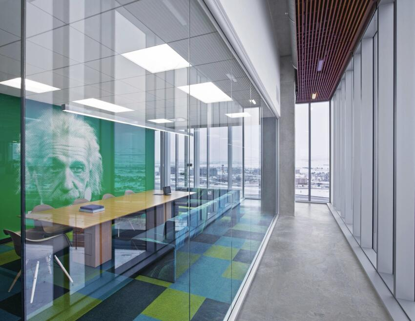 Ninety-three percent of the building's occupants have views to the outside.