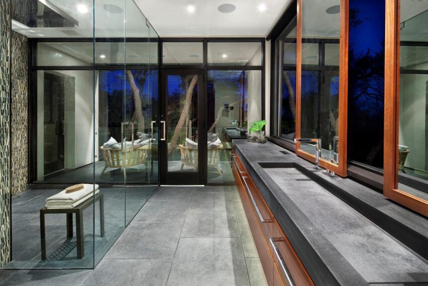 Mountain Villa Residence Master Bath