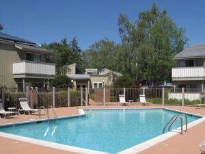 Solid Trades: The Commons, a 264-unit multifamily property in Campbell, Calif., near Silicon Valley, is a 1970s product that sold for $160,985 per unit at a 5.4 percent cap rate.