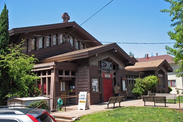 St. John's Presbyterian Church, 2640 College Ave, Berkeley, CA